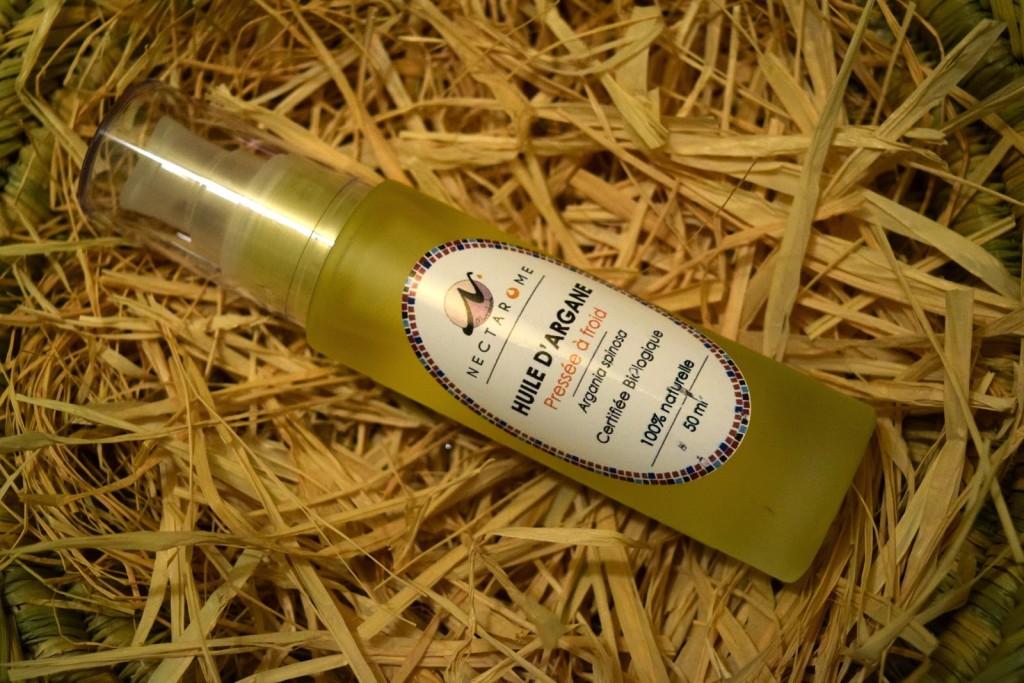 musk pizmo tluszcz zwierzecy amber ambra oud swiss arabian rose hip rosehip blossom perfume oriental khol soap water magic lipstick