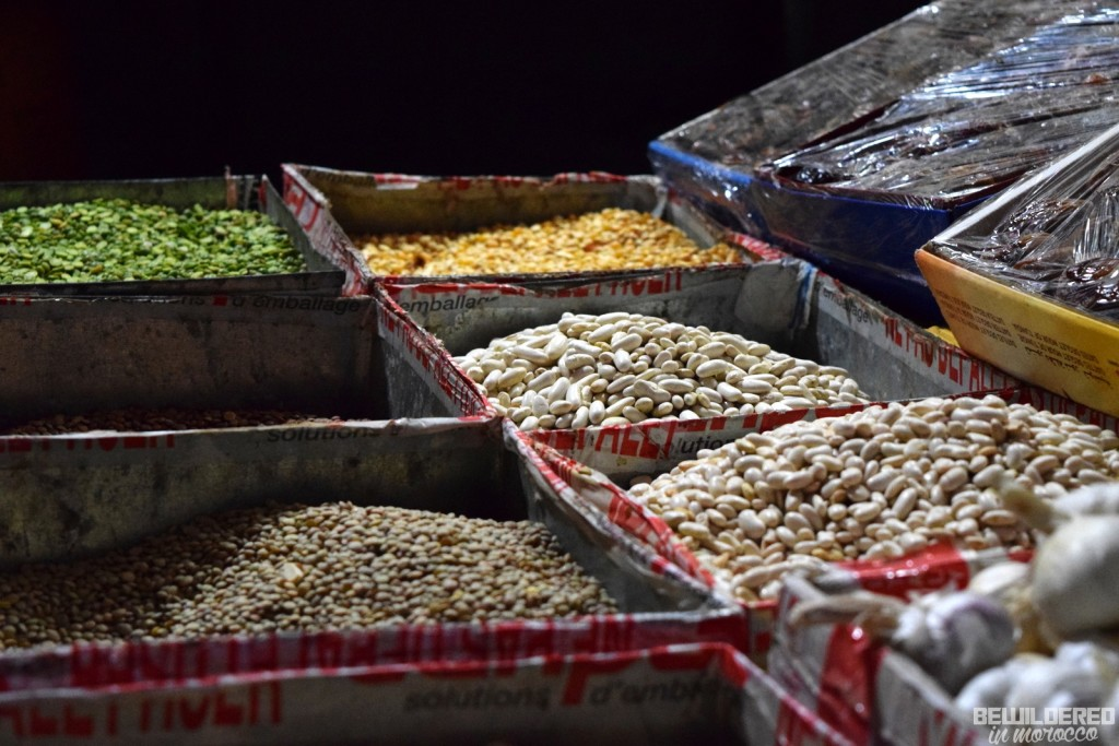 Veggies and spices market in Gulmim