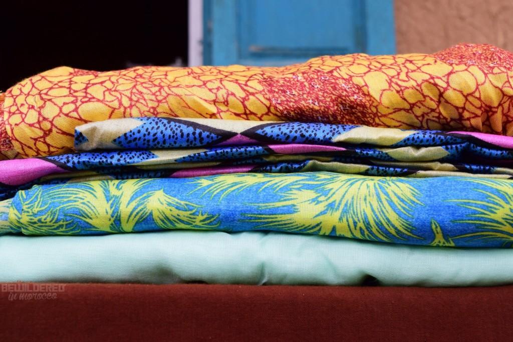 Mauritanian melhfas (fabrics/scarves)