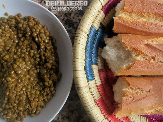 couscous organic eco bissara cooking cook with alia moroccan marocaine cuisine broad beans soup cream humus hammous middle east african arab food baguette bread khobz tagine tajine harira harissa avocado smoothie juice dates halal chicken vege vegan gluten free diet cookies pastry cupcake paleo food blogger lentils soczewica