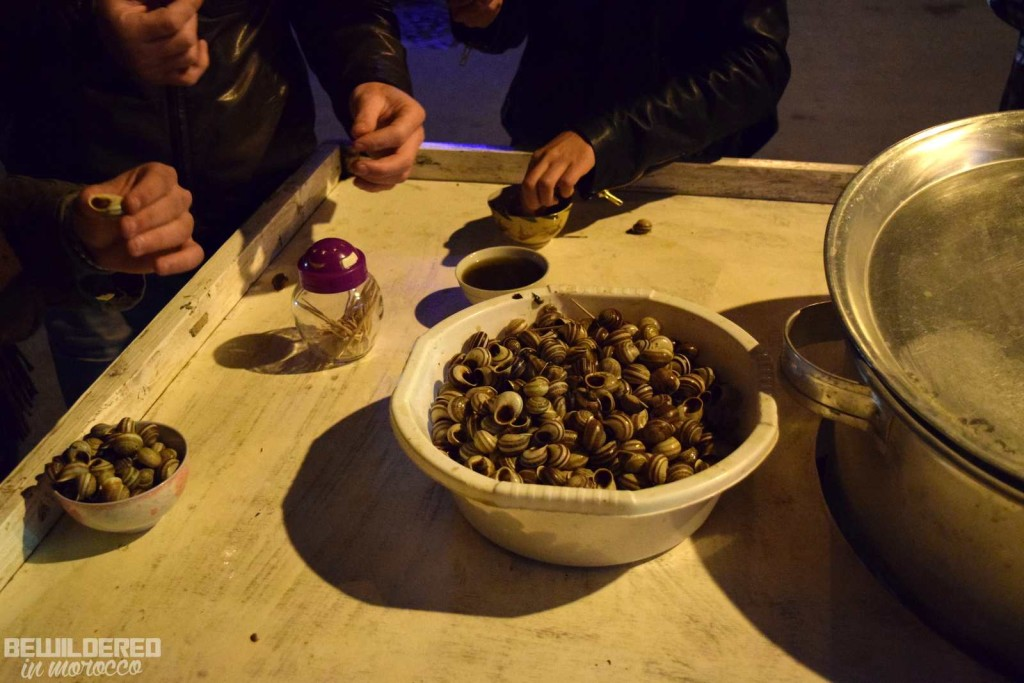 snails couscous organic eco bissara cooking cook with alia moroccan marocaine cuisine broad beans soup cream humus hammous middle east african arab food baguette bread khobz tagine tajine harira harissa avocado smoothie juice dates halal chicken vege vegan gluten free diet cookies pastry cupcake paleo food blogger babouche