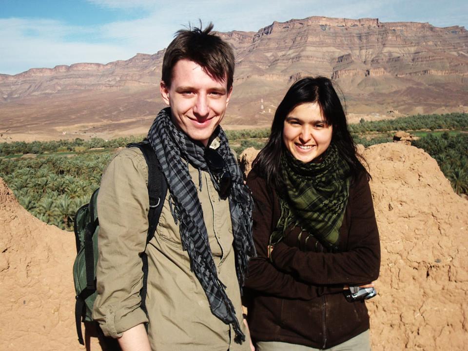 romatic vagabonds around the world bloggers lovers