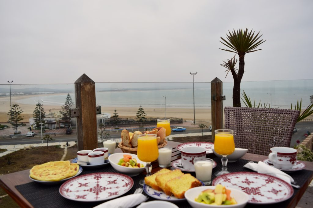Villa de l'O in Essaouira breakfast bed ocean view