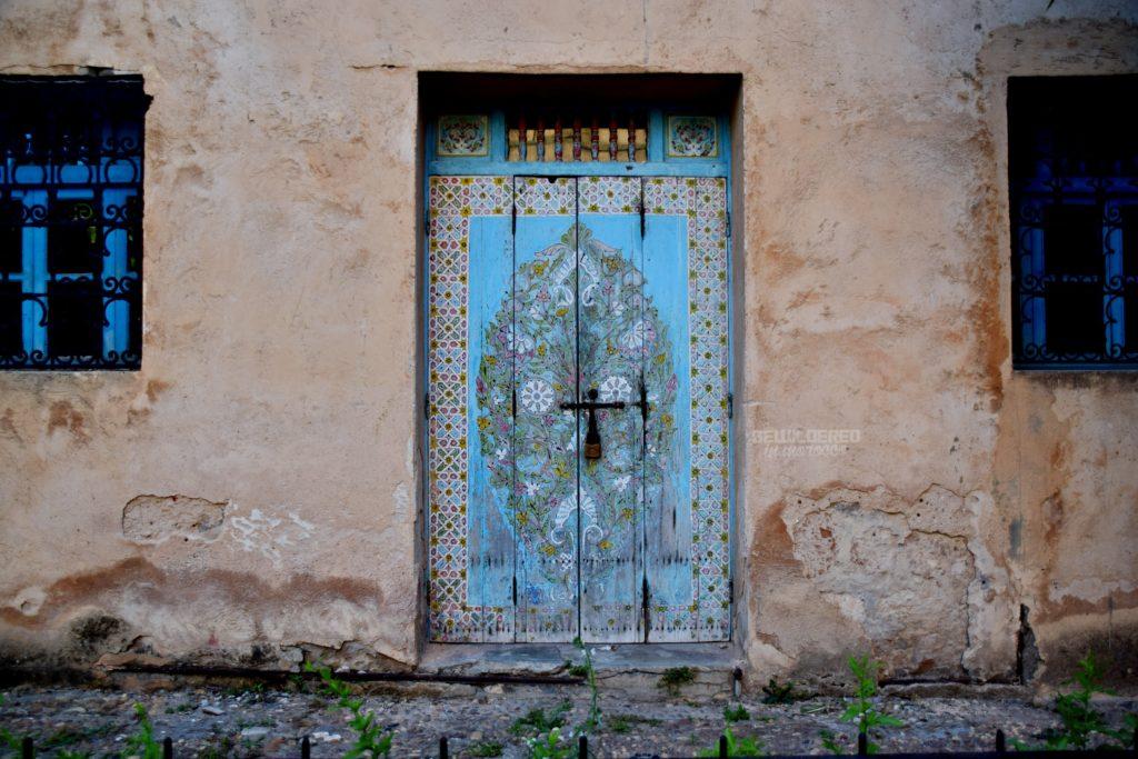 Painted door at Oudayas' Painted door at Oudayas' Orange juice seller asbah