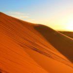 Wycieczka na pustynię w Maroku, biwak na pustyni, wielbłądy, Gra o tron